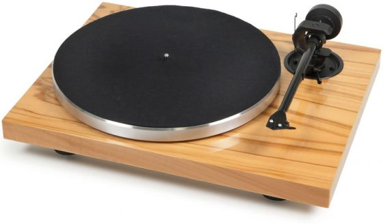 PRO-JECT 1XPRESSION CLASSIC CARBON